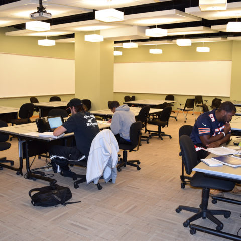Students working on homework in the Lingen Technology Center