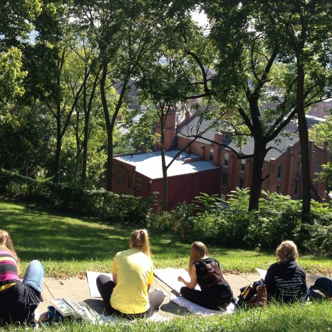 Students draw landscapes off campus.