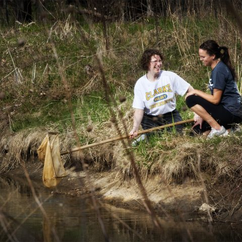 Environmental Studies degree students from Clarke University